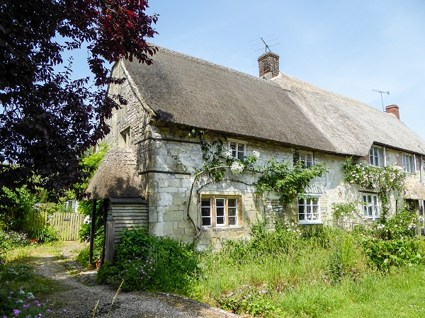 Grade 2 Listed cottage
