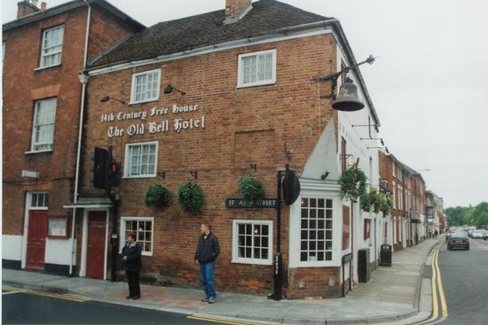 The Old Bell Pub Salisbury